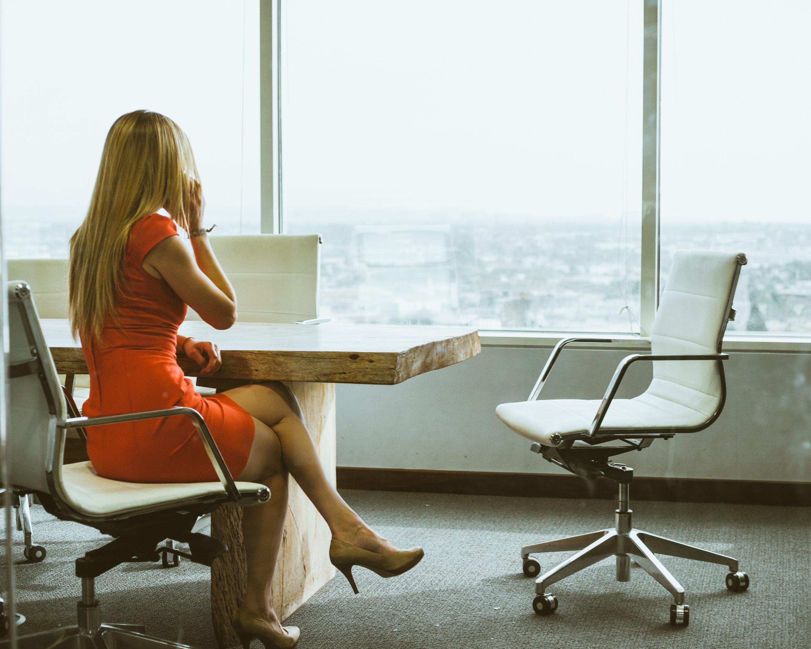 eva persson er både mor og karrierekvinde